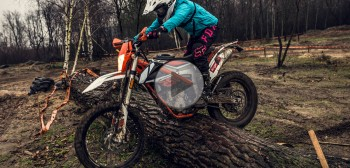 KTM Freeride 250 F - zimowy, mokry i błotny test video