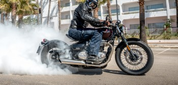 Nowość 2017 - Triumph Bonneville Bobber - klasycznie nowoczesny