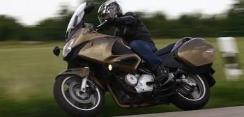 Honda NT 650/700 Deauville - jedyny w swoim rodzaju motocykl turystyczny do 10 tys. zł