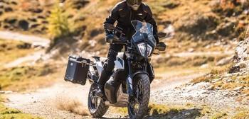 KTM 790 Adventure 2019 pokazany! Na pokładzie dużo dzielności terenowej
