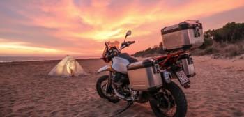 Moto Guzzi V85 TT 2019. Producent ujawnia więcej detali podróżnego enduro