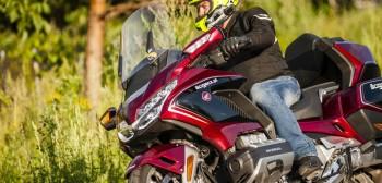 Motocyklowe oczy Hondy. Producent zaadaptuje do motocykla własny system bezpieczeństwa