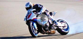 Jedyny męski drift, to drift motocyklem! Le Marseillais powraca!