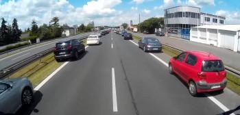 Jazda pod prąd na autostradzie? Poseł w obronie kierowców