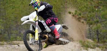 Husqvarna Enduro 2020 - wybierz motocykl idealny dla siebie [TEST]