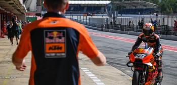 MotoGP: wakacje zawodników, ciężka praca kierowców testowych