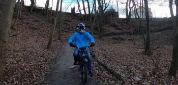 Motocyklista potrącił rowerzystę na ścieżce rowerowej. Szuka go policja