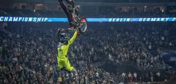 NIGHT of the JUMPs: wyniki drugiego dnia konkursu drużynowego w Berlinie
