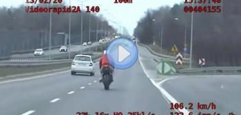 Poznań: motocyklista po pościgu stracił prawko... kategorii B [FILM]