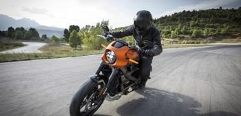 Nowy Harley-Davidson LiveWire. Tym razem… na benzynę!