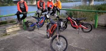 Elektryczne crossy Surron - między motocyklem, a rowerem [TEST, FILM]