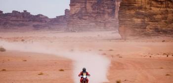 Dakar 2021: wyniki 10. etapu. Lider wyeliminowany na dwa etapy przed końcem! [VIDEO]