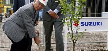 Osamu Suzuki odchodzi na emeryturępo 40 latach kierowania marką