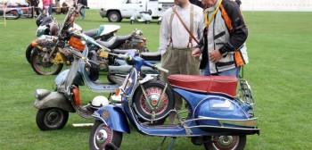 Historia Vespa - skutery z 75 latami wielkich sukcesów małych kółek