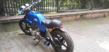 Ukradli motocykl i wystawili go na sprzedaż, a na ogłoszenie odpowiedziała policja