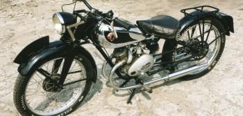 Podkowa - przedwojenny polski motorower z Legionowa