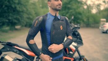 Zbroja motocyklowa Scott Softcon 2 Jacket Protektor - recenzja