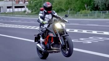 KTM 1290 Superduke R, czyli mroczny książę świata power nakedów!
