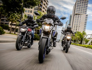 Motocyklisci na Yamaha MT 125 z