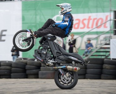 MotorShow Castrol z