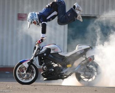Raptowny trening stunt