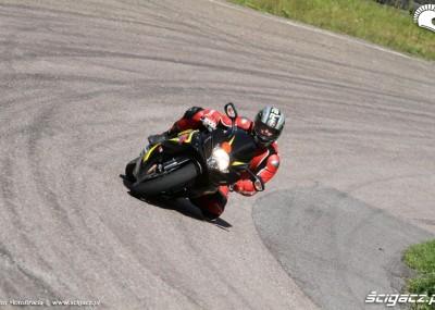 Szkolenie motocyklowe na torze Nemuno Ziedas