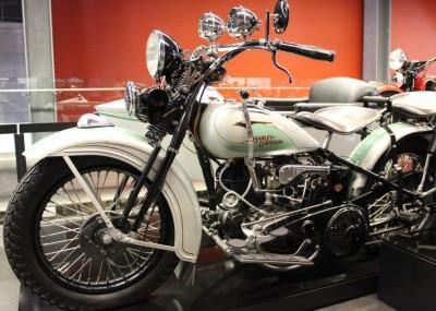 Powrót do przeszłości z Harley-Davidson