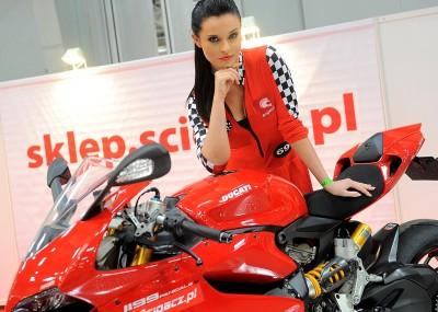 Hostessy Scigacz.pl na wystawie motocykli