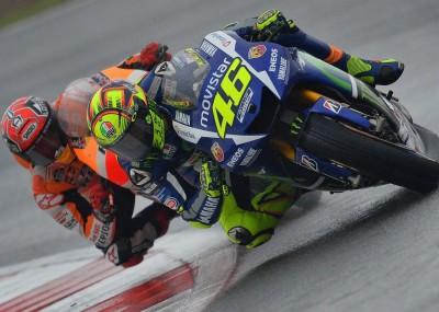 MotoGP na torze Silverstone - deszczowa galeria zdjęć
