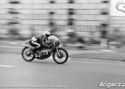 Sport motocyklowy w czasach PRLu uwieczniony na zdjęciach
