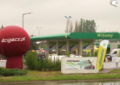 Motocyklowa kampania BP - mokro w Łodzi