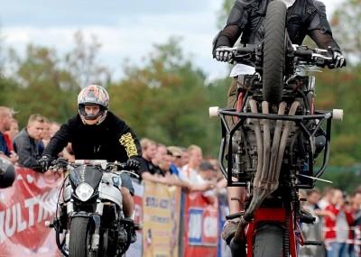 Stunt w Bydgoszczy czyli Streetbike Freestyle 2008