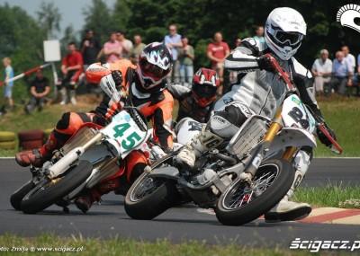 Tor Gostyń - pierwsza runda Supermoto 2011