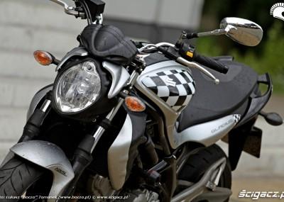 Suzuki SFV 650 pokazuje pazury - Gladius w obiektywie