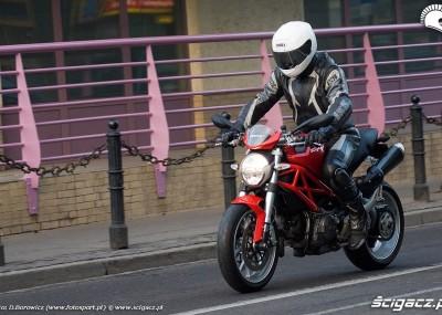 Monster 1100 - potwór od Ducati