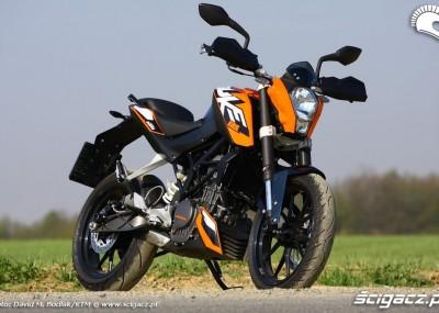 125 Duke 2011 - KTM z dawką lansu