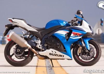 Suzuki na tor i nie tylko - litrowy Gixxer 2012 w obiektywie