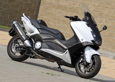 Skuter wagi ciężkiej - Yamaha TMAX na zdjęciach