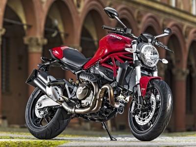 Ducati-Monster-821 19090 1