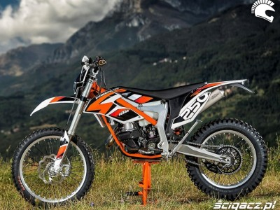 KTM-Freeride-250R 18956 1