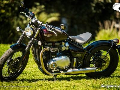 Triumph-Bonneville-Bobber 19306 1