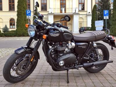 Triumph-Bonneville-T120 19499 1