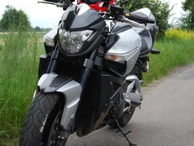 Suzuki BKing przod