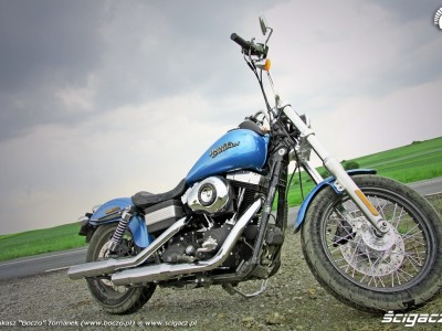 od dolu po deszczu Harley Davidson Street Bob