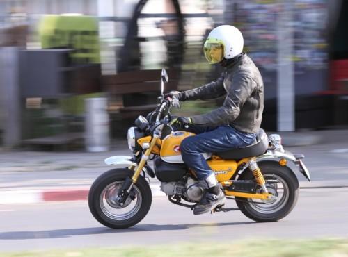 Etapy w życiu motocyklisty. Od małolata do emeryta. Na jakim etapie Ty jesteś?