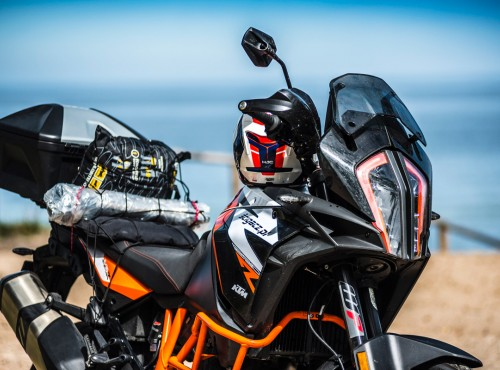 KTM 1290 Super Adventure R kontra reszta świata