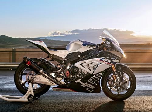 Testujemy BMW HP4 Race - wszystko z karbonu...