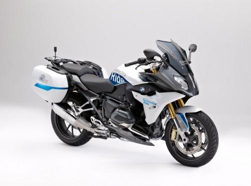 Komunikacja między motocyklami - prototypowy system BMW