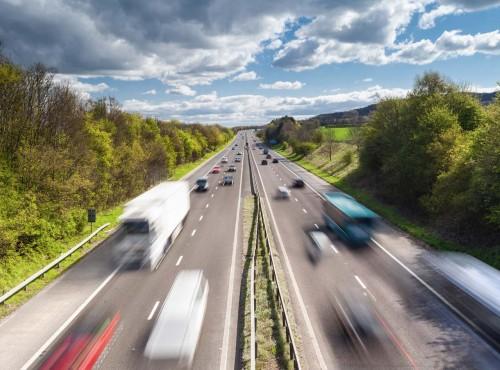 Specjaliści alarmują: na polskich autostradach coraz niebezpieczniej