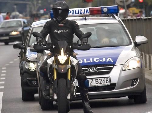 Policja rozszerza akcję protestacyjną. Kontrole drogowe będą bardzo szczegółowe